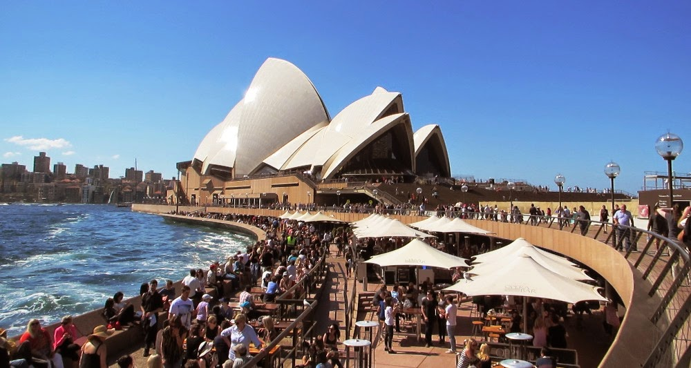 from-tourist-attraction-to-an-employment-hub-how-australia-became-an-immigrant-favorite-nation